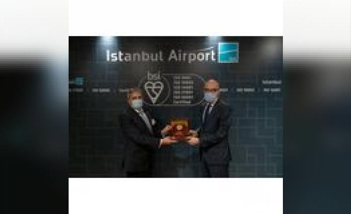 İstanbul Havalimanı, 'Kalite, Müşteri Memnuniyeti ve Enerji Yönetiminde Uluslararası Sertifikalara Layık Görüldü