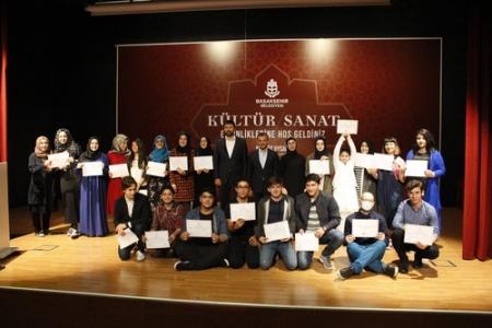 Akademi öğrencileri sertifikalarını aldı