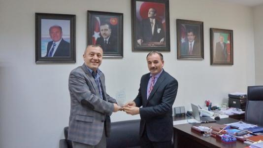 Başakşehir Belediyesi'ne İŞKUR'dan plaket