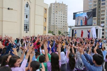 Başakşehir okullarında şenlik var