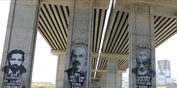 Başakşehir'de Gri Duvarlar Grafiti İle Renkleniyor