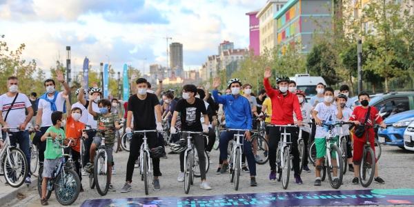 Başakşehir'de Pedallar Sağlığa Döndü