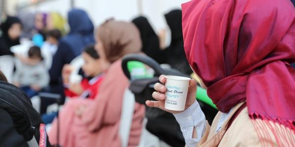 Başakşehir'de Sohbetler Çayla Demleniyor