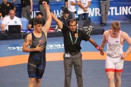 Başakşehirli güreşçi Dünya Şampiyonu