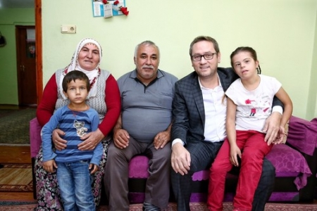 Başkan Kartoğlu'ndan engelli ailelerine manevi destek