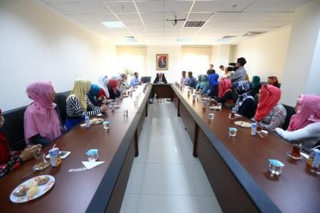 Başkan Uysal, Kazakistanlı öğrencileri ağırladı