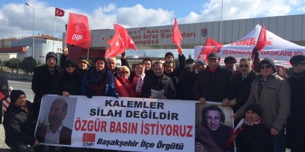 CHP Başakşehir Silibvri'de Umut Nöbeti Tuttu