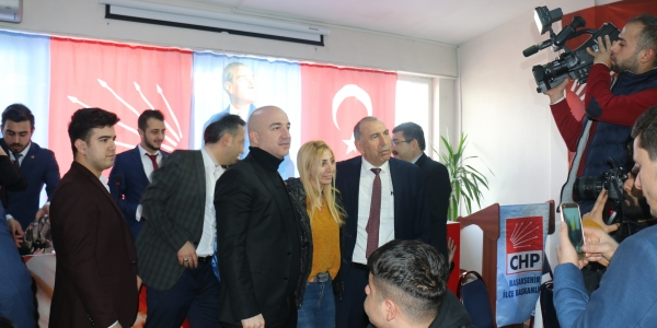 CHP Gençlik Komisyonu Partiye 100 Yeni Genç Kattı