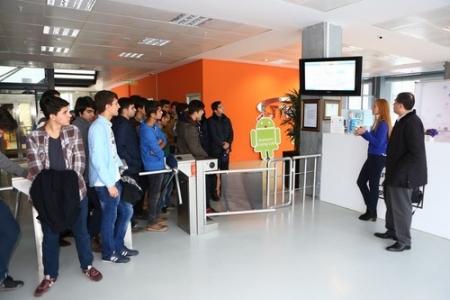 İmam Hatip öğrencileri Living Lab'ı ziyaret etti