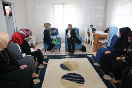 Kadınlar gününde şehit aileleri ziyaret edildi