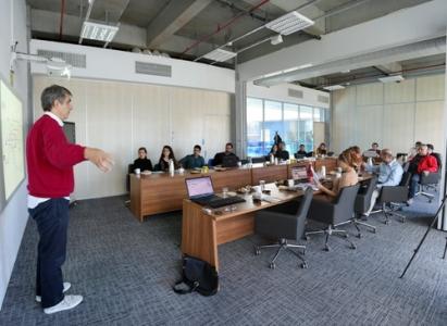 Living Lab'dan Digital Pazarlama Eğitimi