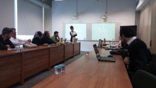 Living Lab'de sosyal medya eğitimi