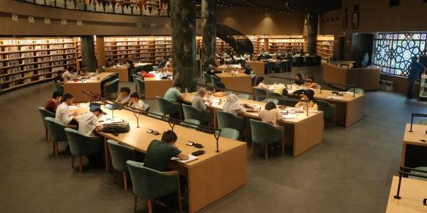 Millet Kıraathanesi'nde Kitap Ve Okuyucu Sayısı Artıyor