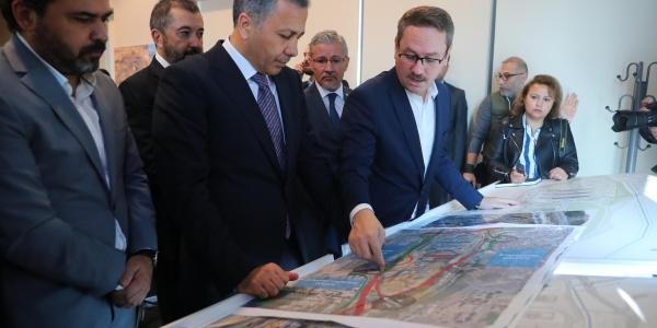 Vali Yerlikaya Başakşehir Şehir Hastanesi'ni Ziyaret Etti