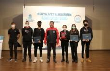 Başakay Gönüllüsü Gençlere Afet Eğitimi Verildi