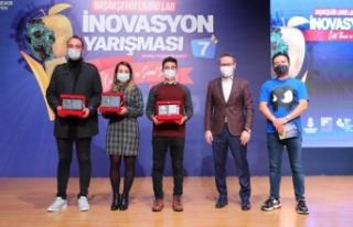Başakşehir'de İnovasyon Ödülleri Sahiplerini...