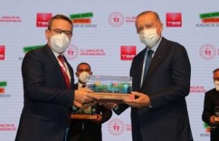 Cumhurbaşkanı Erdoğan'dan Başakşehir'e...