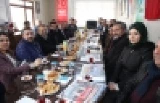 Ak Parti'den 39 MHP İlçe başkanlığına eş...