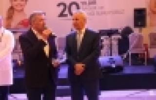 Avrasya Hastanesinden 20.Yıla Muhteşem Tören