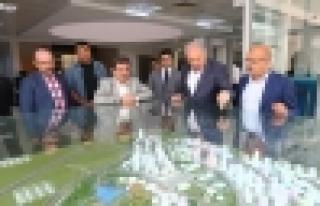 Bakan Güllüce, Başkan Uysal'ı ziyaret etti