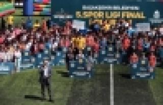 Başakşehir Spor Ligi'nde Kupa Coşkusu