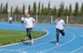 Başakşehirli sporcular Yeşilay haftası için koştu