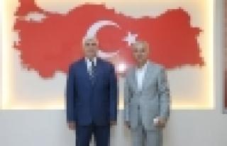Basın mensuplarından Başakşehir Kaymakamına ziyaret...