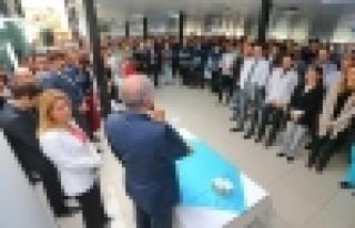 Başkan Uysal, belediye personeli ile bayramlaştı
