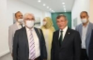Davutoğlu AK APRTİ'yi Soru Yağmuruna Tuttu