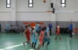 Gençlik Oyunları'nda Çifte Heyecan