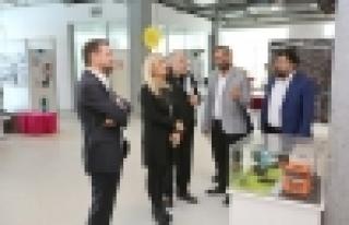 Orhan Kural Başakşehir Living Lab'e hayran kaldı