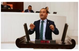 CHP'li  Karabat  Hükümeti  Topa Tuttu