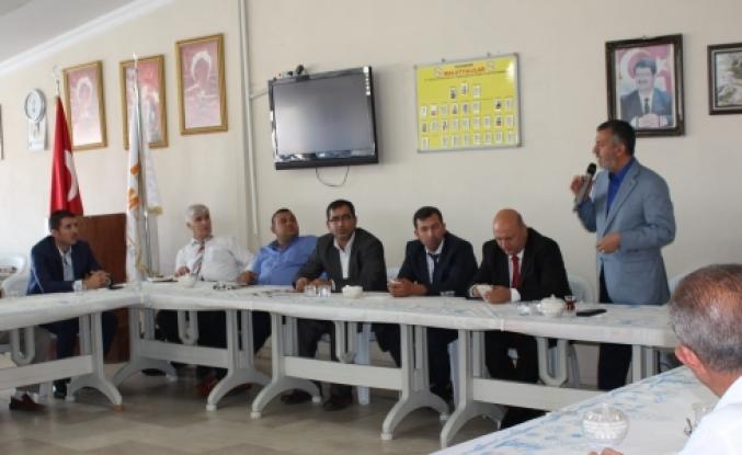 Ak Partili Harun Karaca Malatyalılar ile bayramlaştı