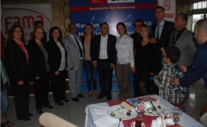 CHP Başakşehir Mahalle meclis üyesi A.Adayları kahvaltı verdi