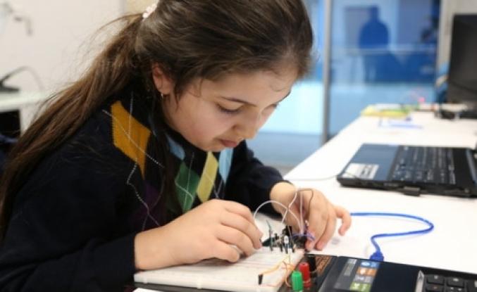 Living Lab'da 'ArduinoLab' eğitimi verildi