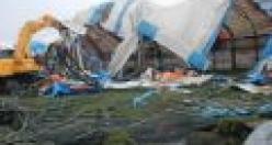 Yaşar Halı Sahanın yıkımında neler oluyor