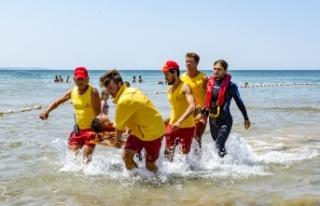 İBB 2021 Plaj Sezonunda 618 Cankurtaran İle Hizmet...