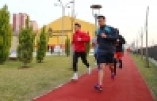 Spor Parkları'nda Akademi Hayallerine Koşuyorlar