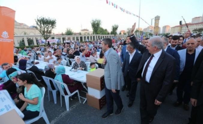 Onbinler Kayaşehir iftarı'nda buluştu