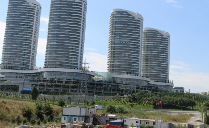 Sinir Bozan Kuleler Mall Of İstanbul